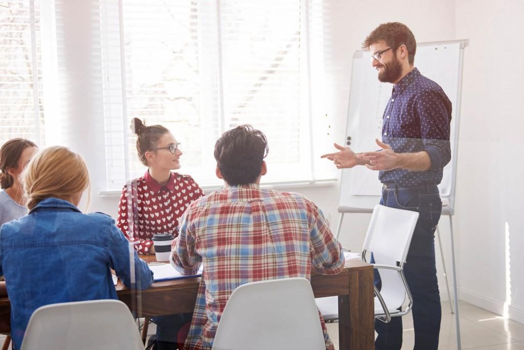 24-01 -5-pontos-no-ambiente-corporativo-que-interferem-na-produtividade-do-trabalho